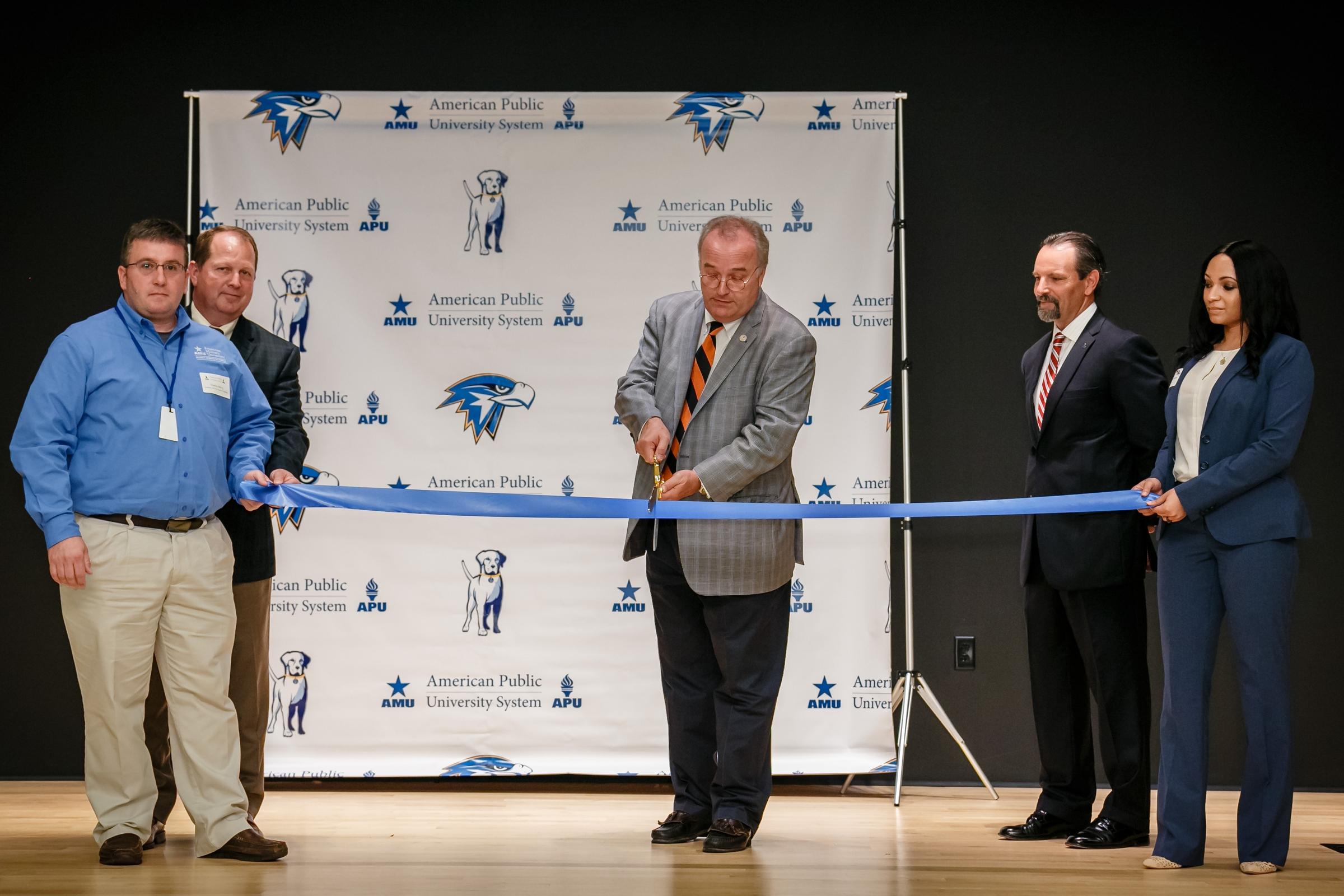 APUS Creates New Veterans Center in West Virginia