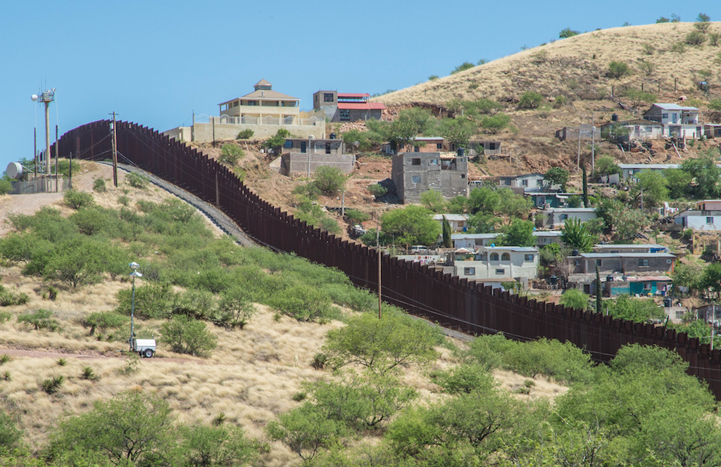 Federal Judge Blocks Trump's 'Emergency' Plans to Expand Border Fence