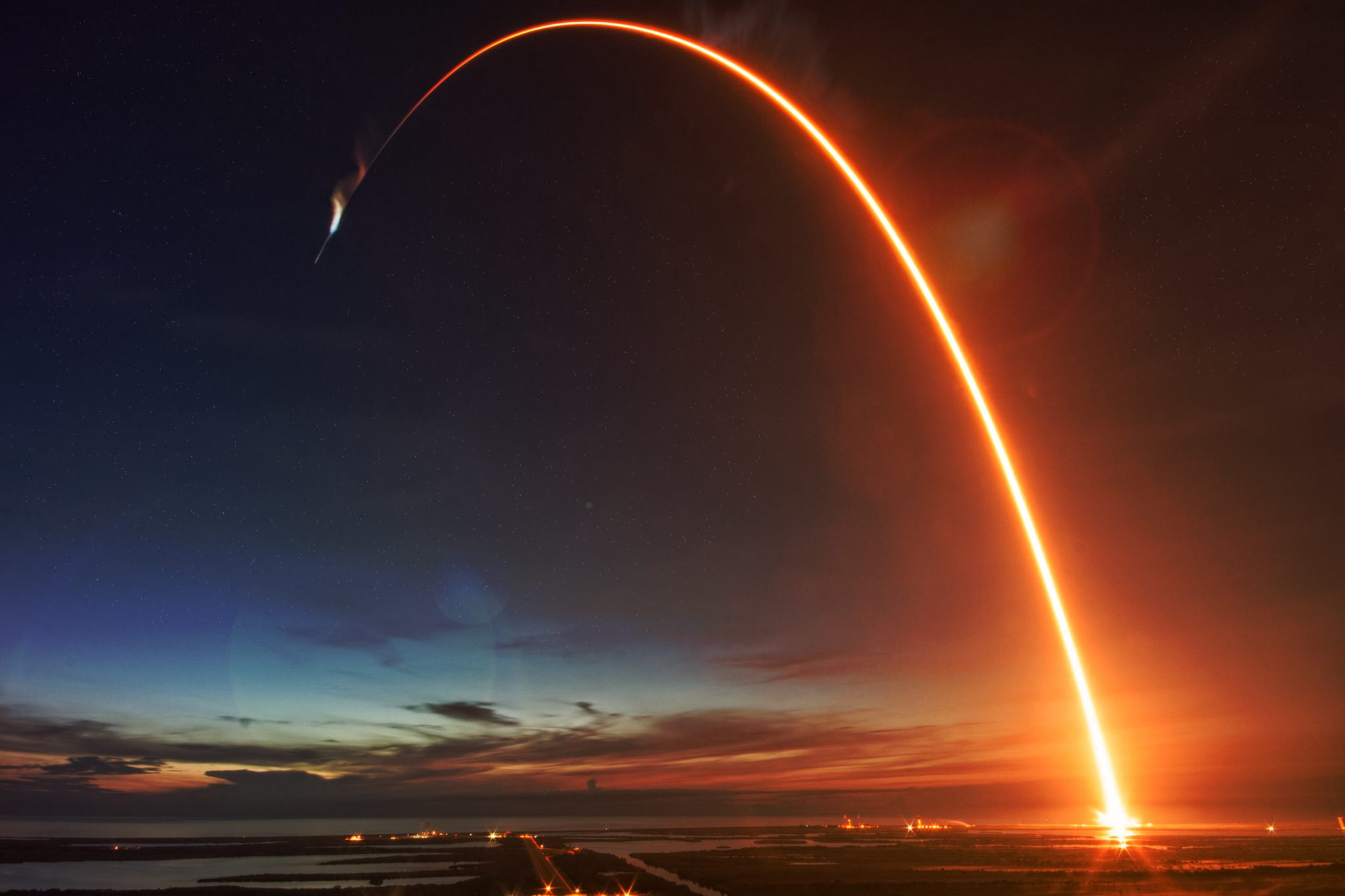 SpaceX Success Prepares US for Return to Manned Launches