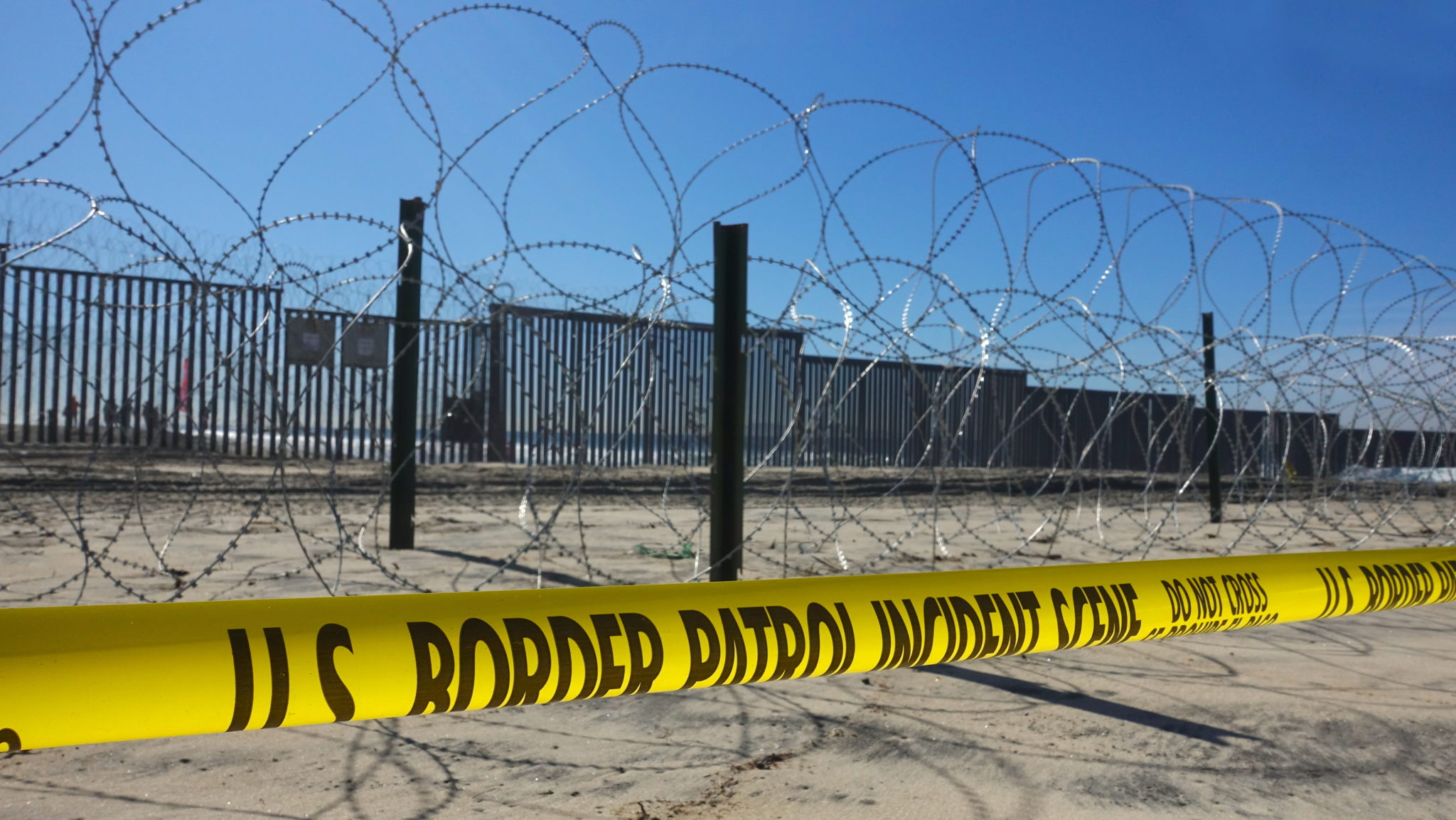 Why States Can't Stop Vigilantes Terrorizing Immigrants at the Border