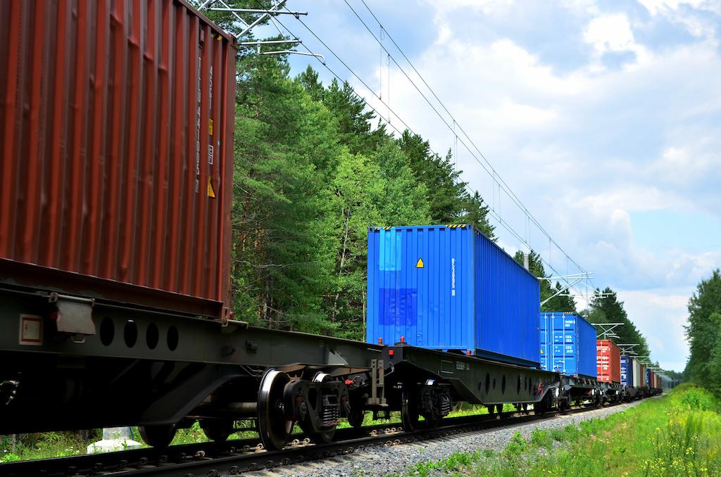 Efficient Intermodal Transportation during a Pandemic