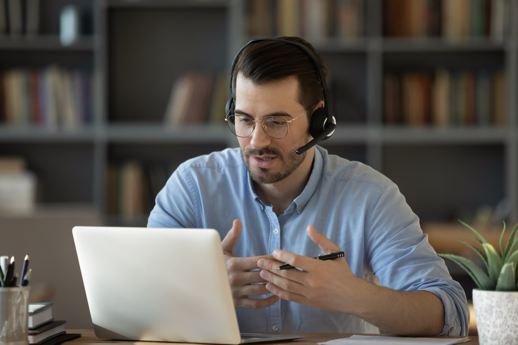 Podcast: Benefits of Connecting with a Faculty-Peer Community Online
