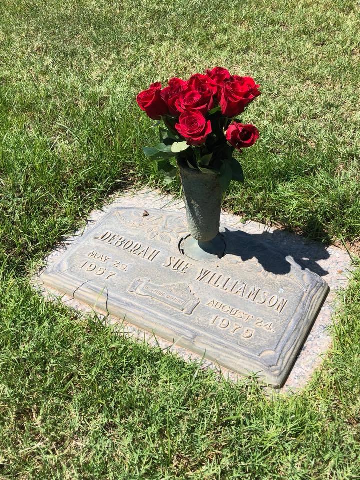 Debbie Williamson grave