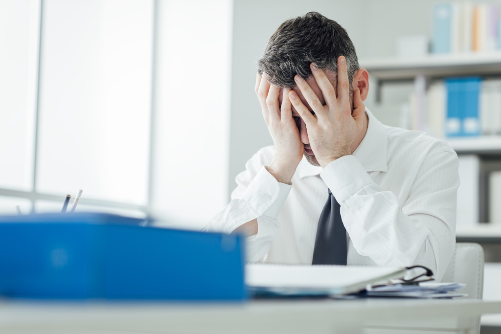 When Do Employees Shift from Loving to Hating Their Jobs?