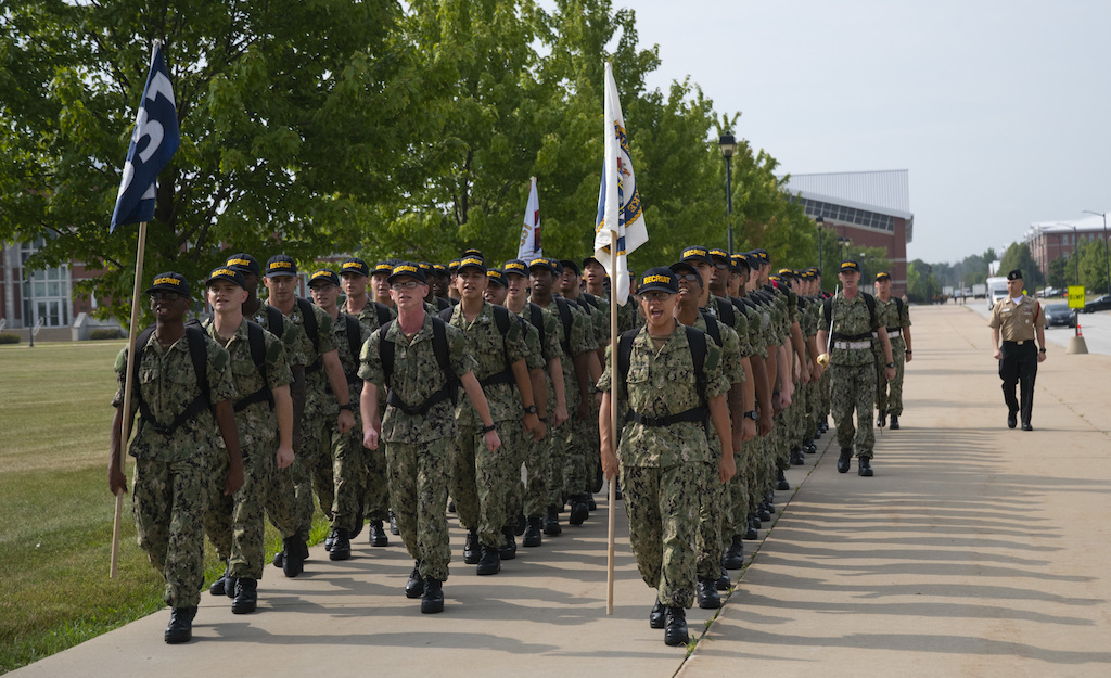 US Military Not Allowing COVID-19-Positive Recruits to Join