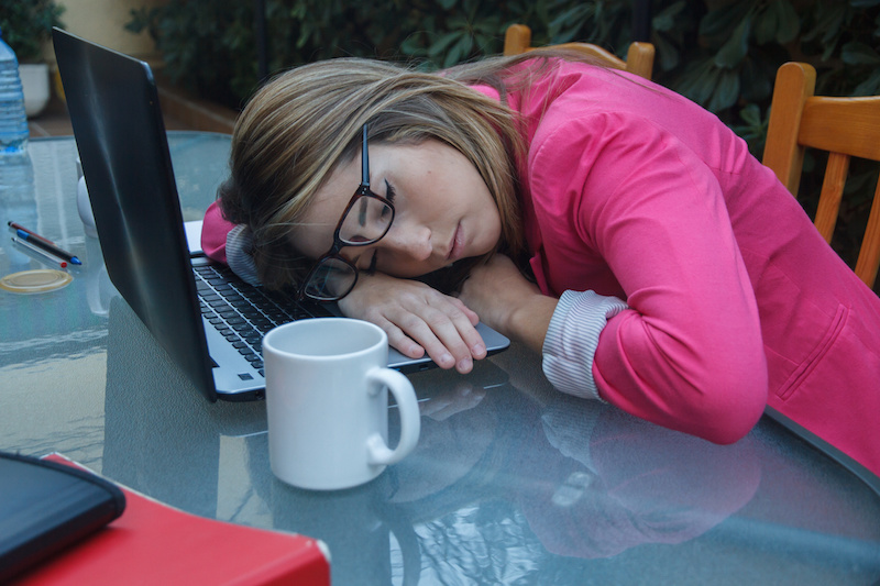 Sleep Apnea Adversely Affects Your Job Performance and Health
