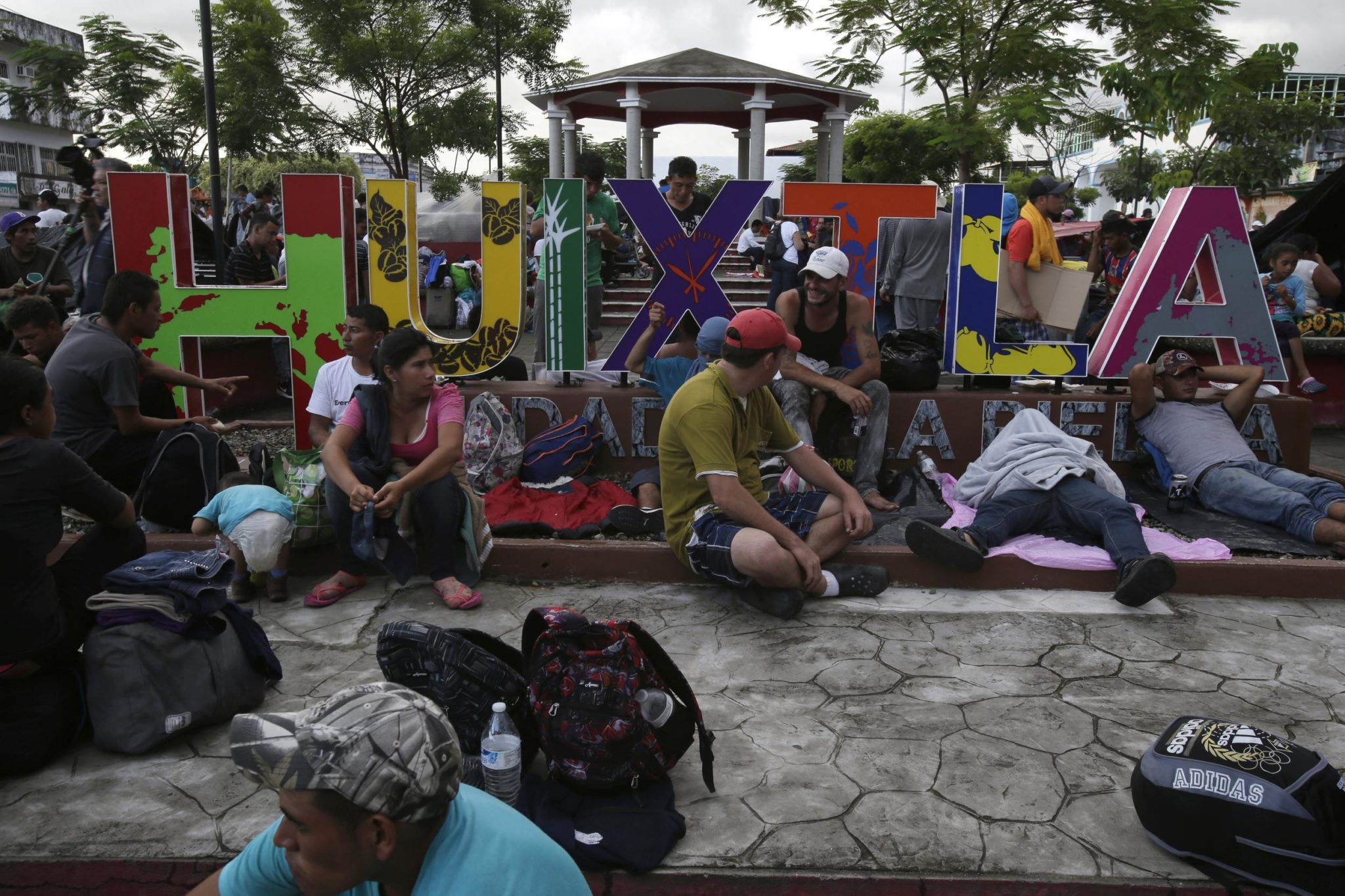 Over 7K-Strong, Migrant Caravan Pushes On; Still Far From US
