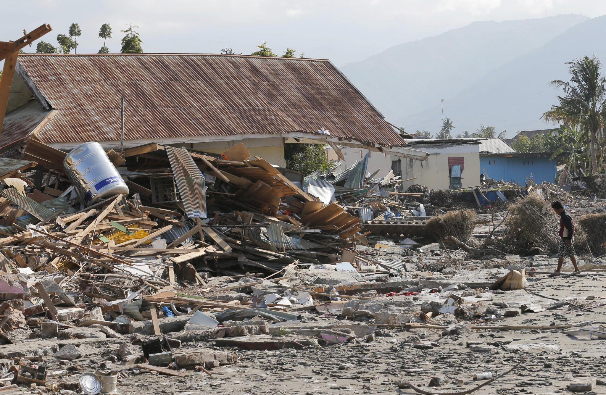 Indonesia Earthquake and Tsunami Produce Emergency Management Lessons for the Future