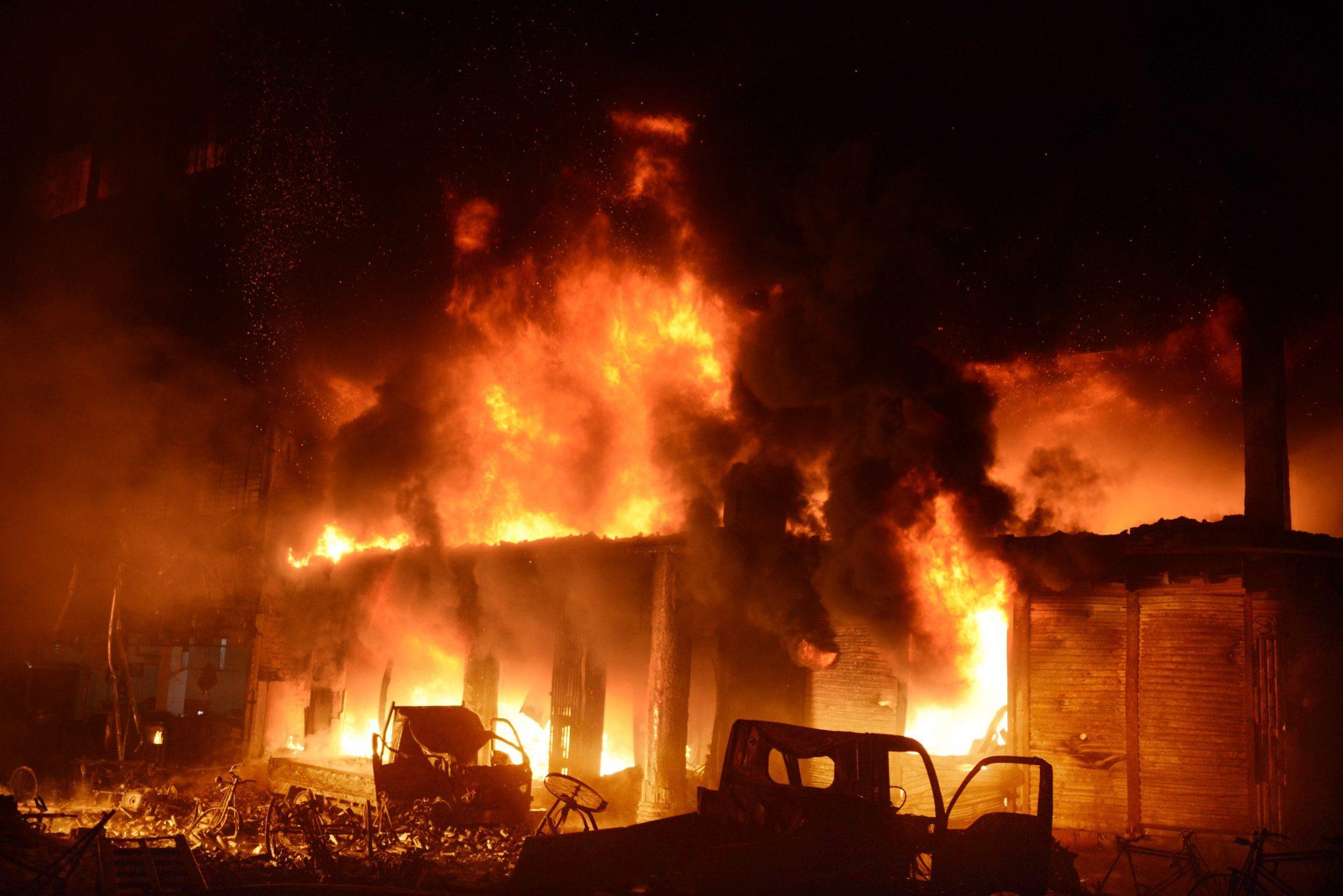 Fire Guts Oldest Part Of Bangladeshi Capital, Killing Dozens