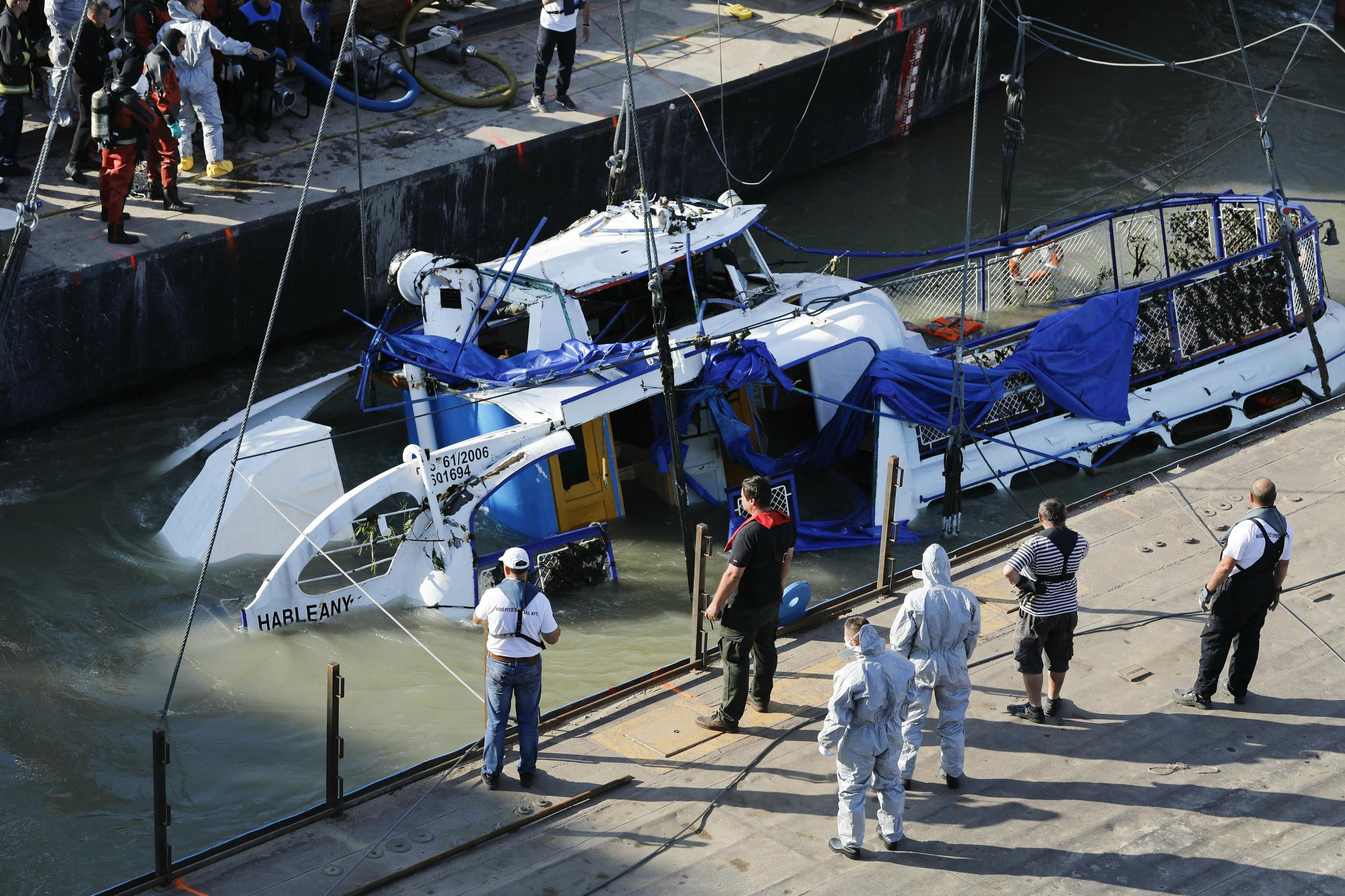 Hungary Trial Opens Over Danube River Crash; Captain Blamed