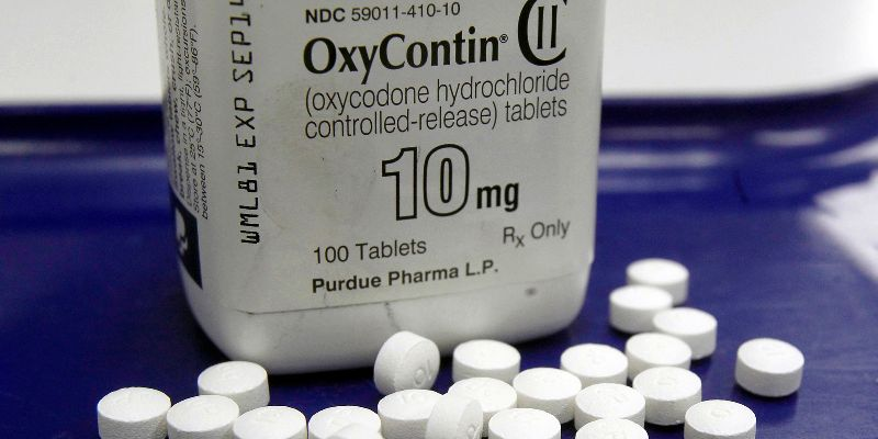 Oxycontin Maker, Government Attorneys In Settlement Talks