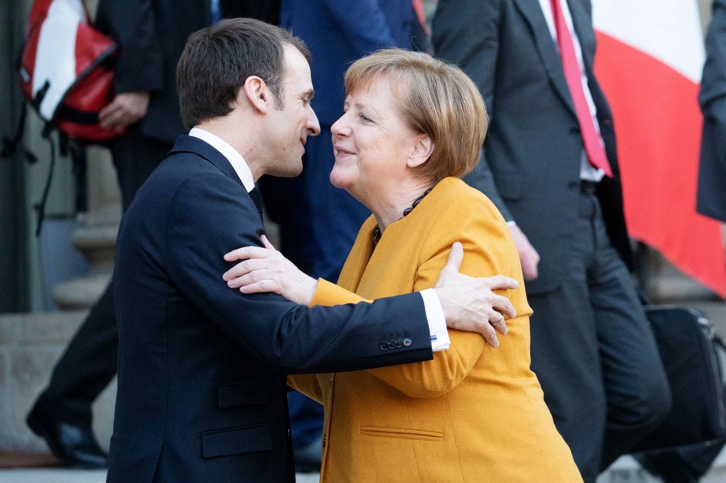 France is prepared to extend its nuclear deterrent to Germany