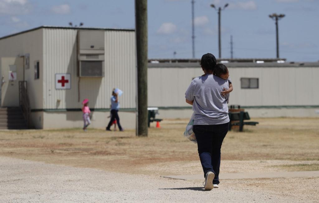 Despite judge's order, migrant kids remain in ICE custody