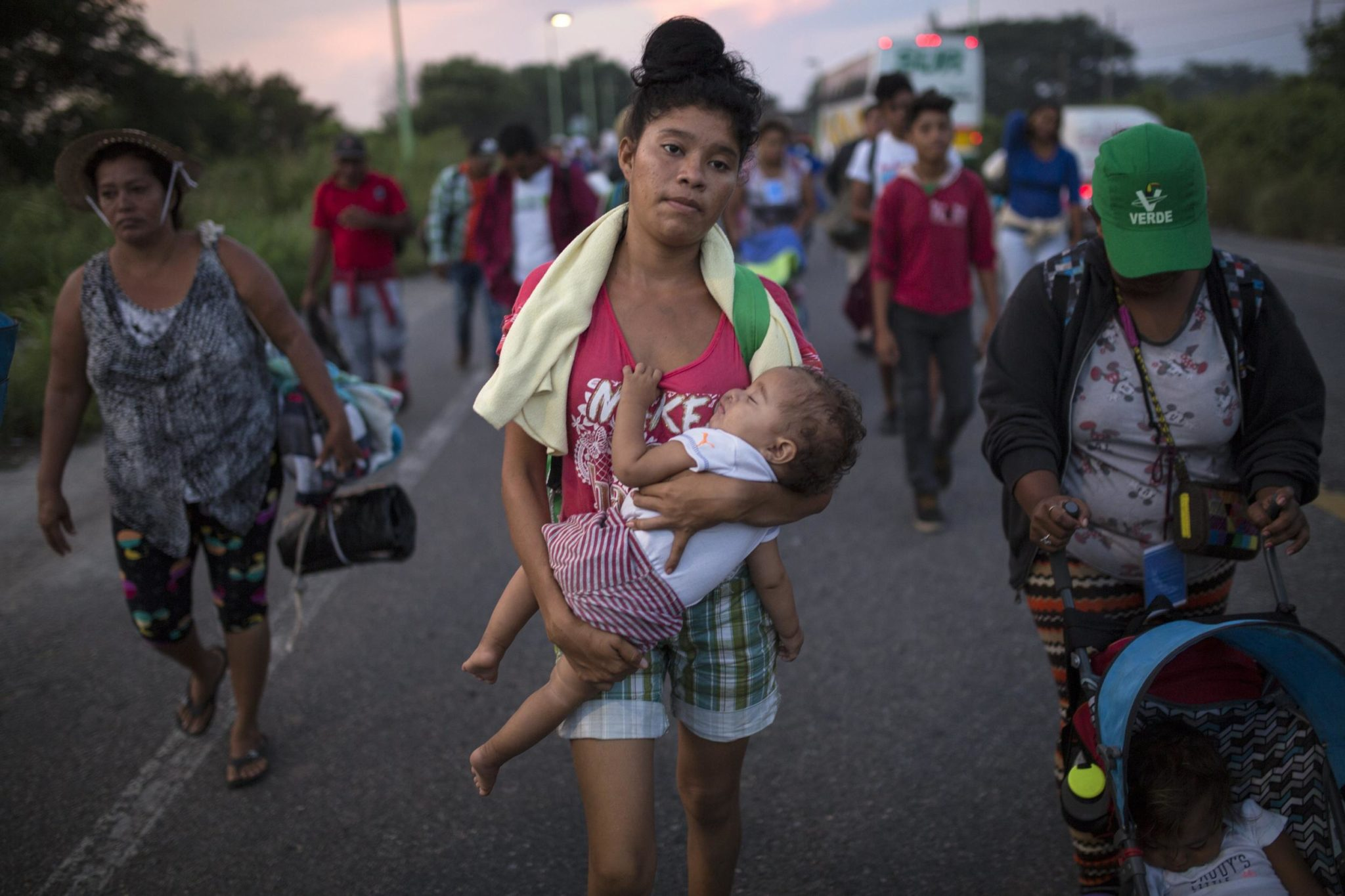 Migrants Complain Of Smells, Snakes In Southern Mexico Town