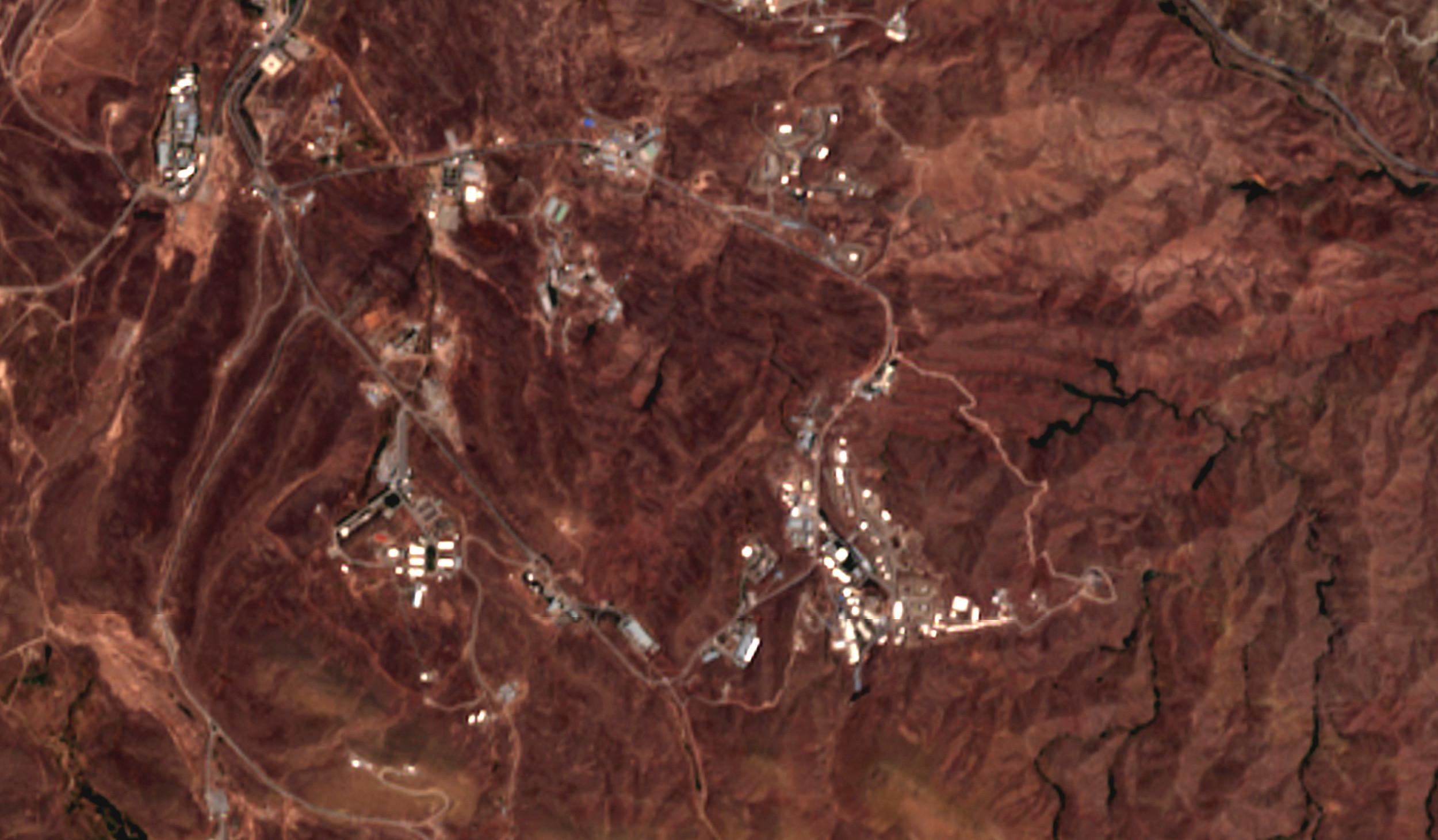 Satellite image: Iran blast was near suspected missile site