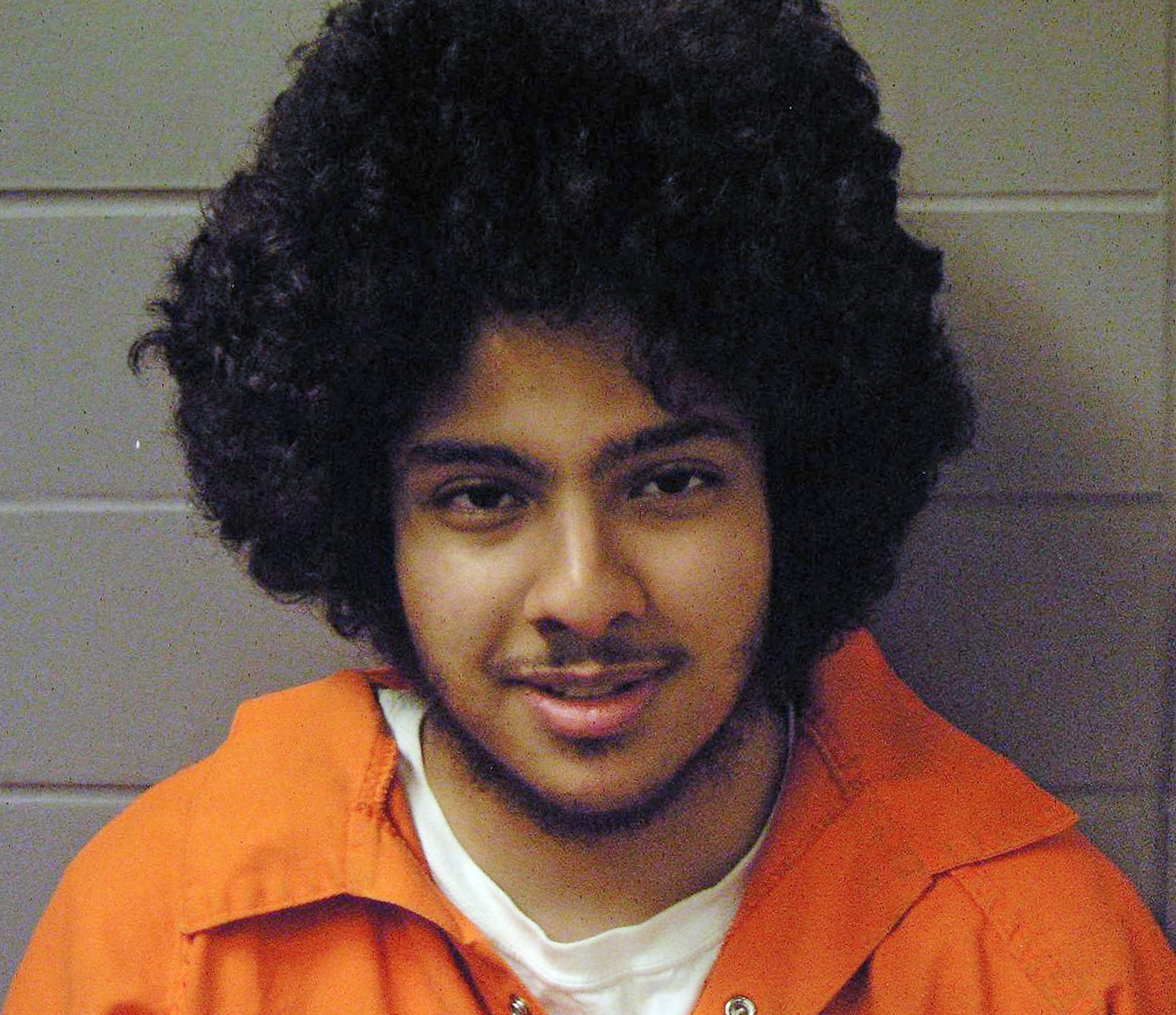 Man Convicted in Chicago Bomb Plot Apologizes at Sentencing