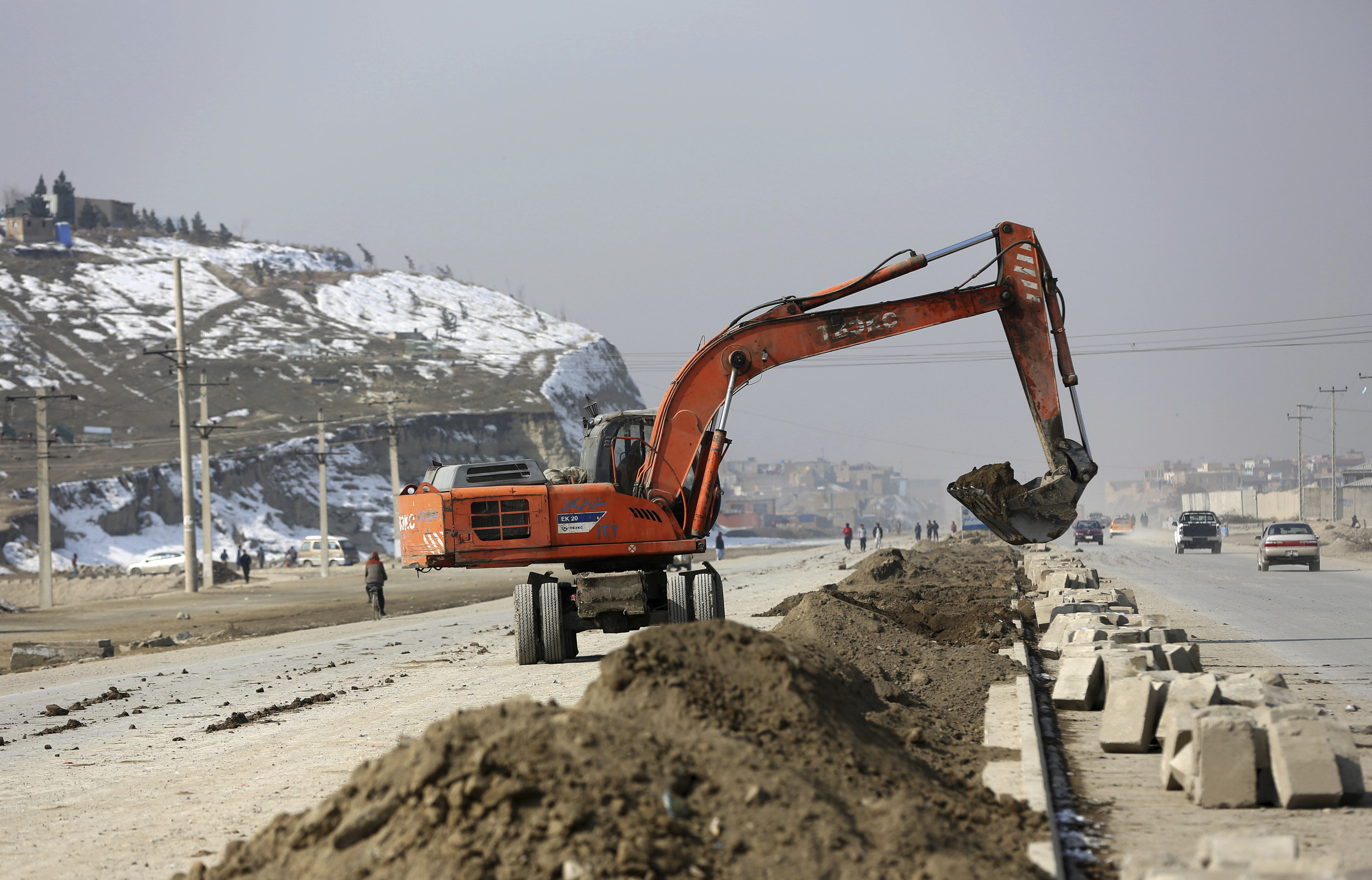 Rebuilding Afghanistan has a high human cost, US agency says