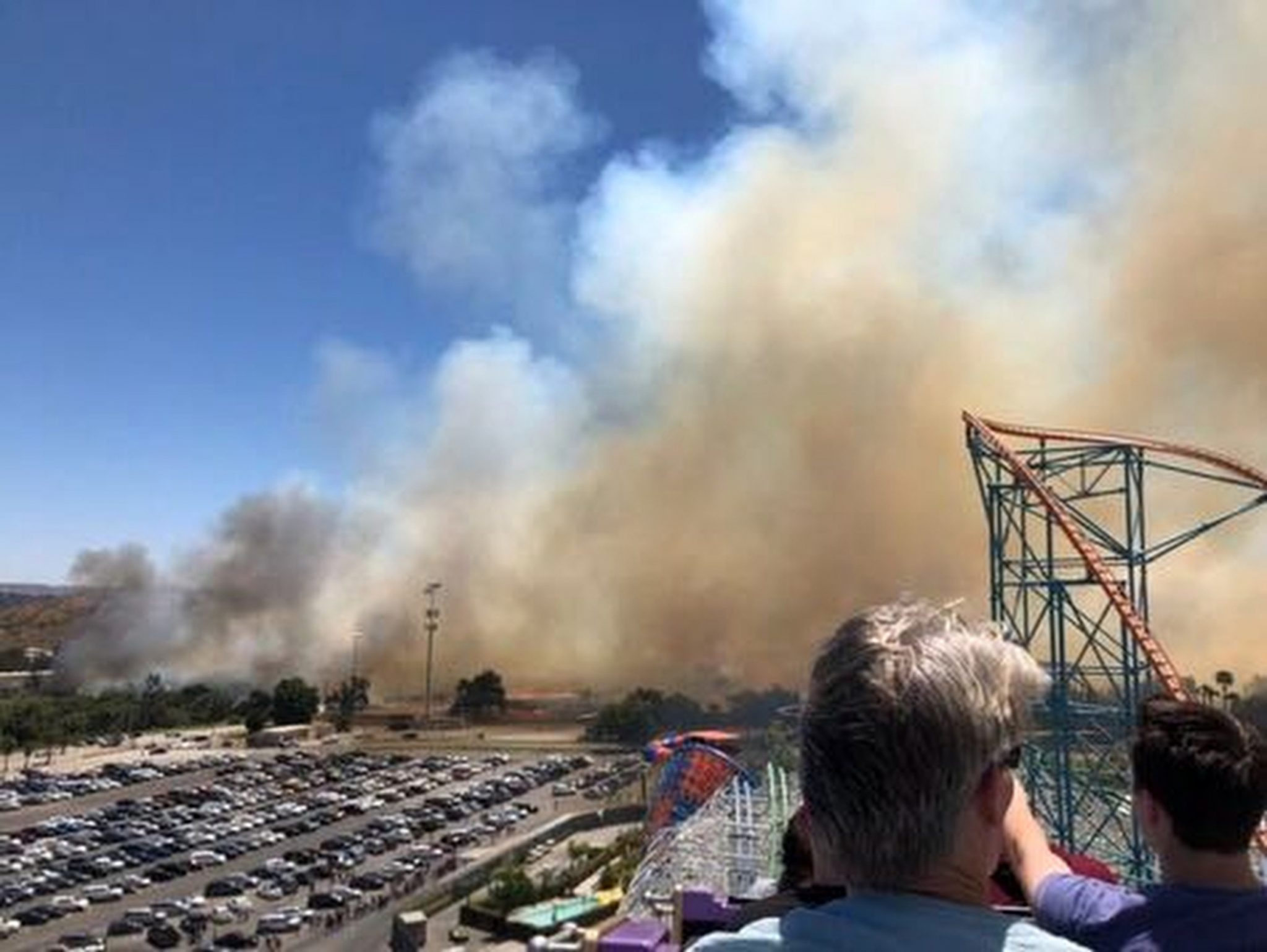 Wildfire Prompts Evacuation At California Six Flags Park