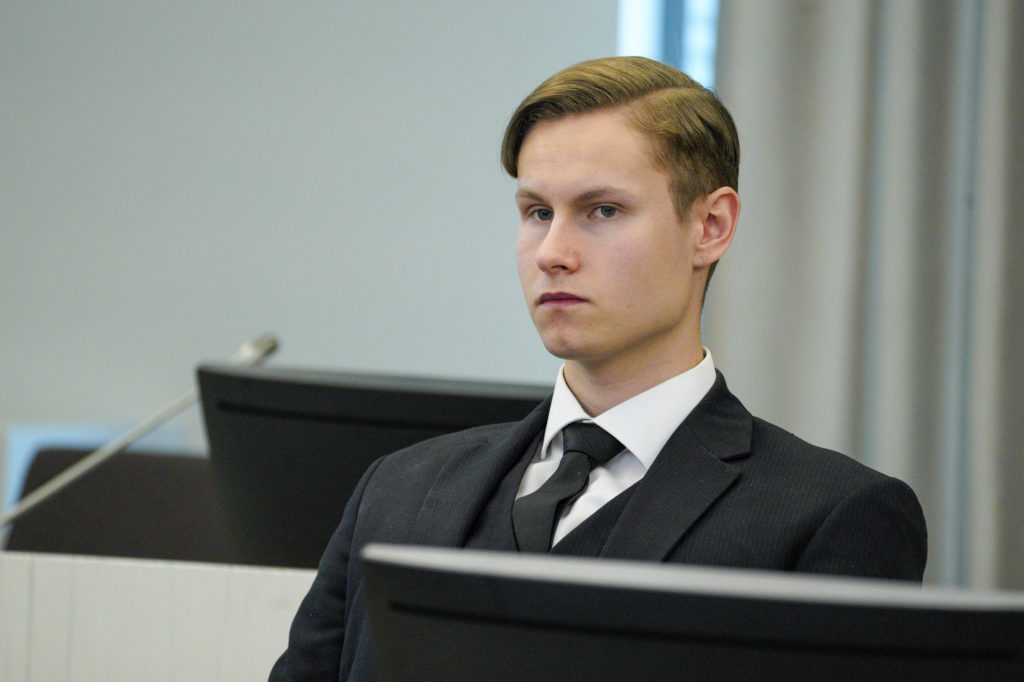Norwegian man gets 21 years for slaying, mosque attack