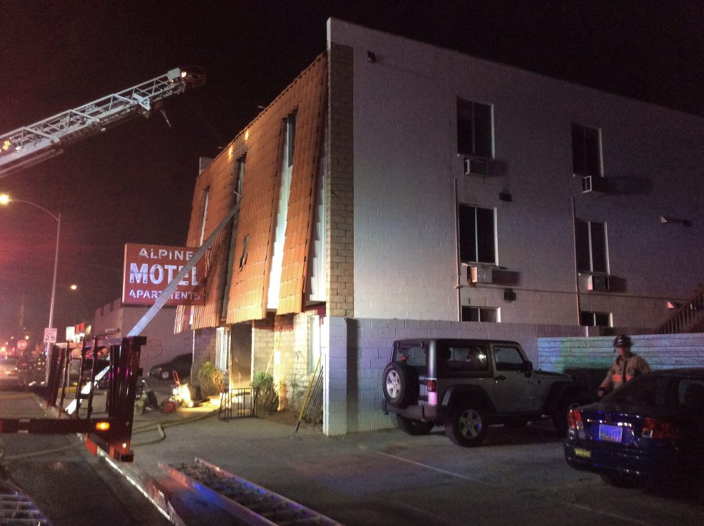 6 Killed, 13 Injured In Las Vegas Apartment Building Fire