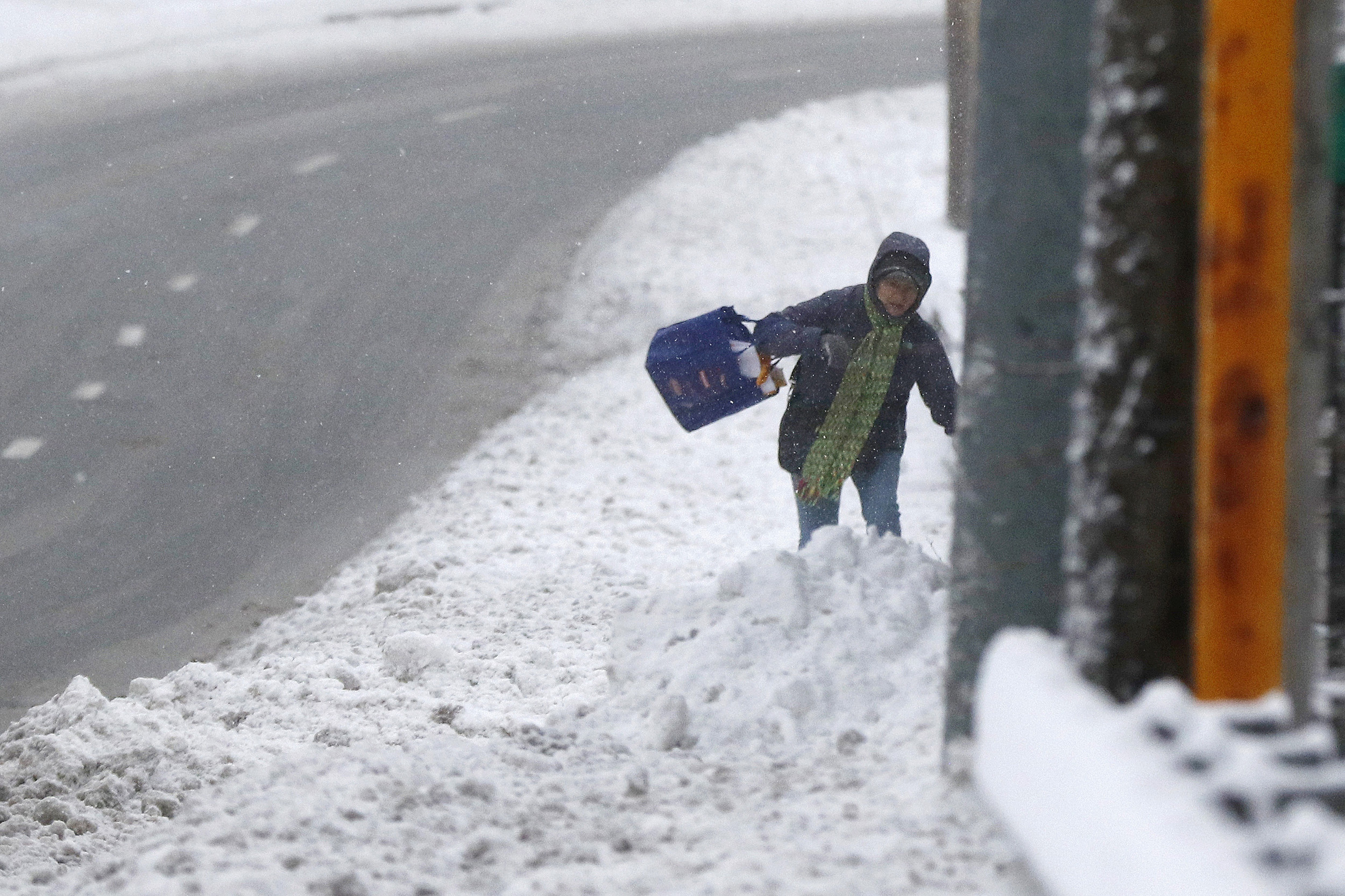 The Latest: More Than A Foot Of Snow Hits Parts Of New York