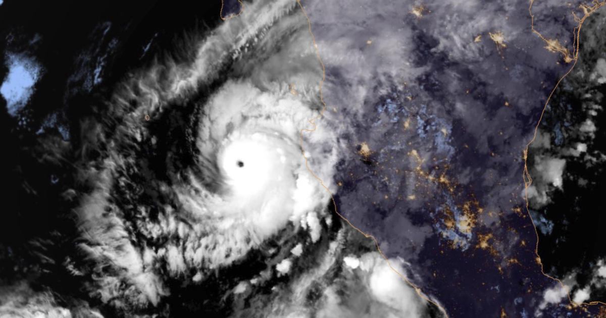 Mexico's Infrastructure Hinders Hurricane Willa Recovery