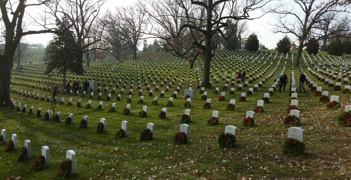 Honor the Fallen this Holiday with Wreaths Across America